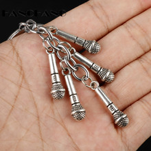 Funny Design Keychain Microphone Keyrings Key Chain Car Bag Pendants Decoration Jewelry Music Fans Gifts