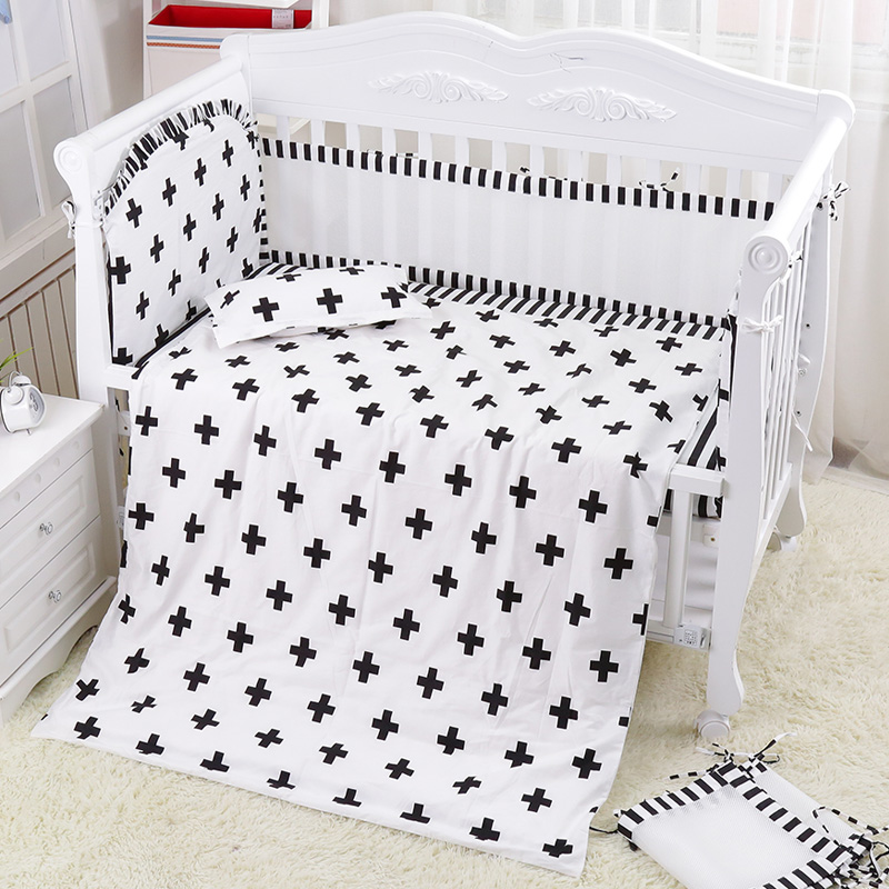 New 6pcs Classic Black White Cross Crib Bedding Set Breathable Cotton Baby Bedding Baby Cot Mesh Bumpers Bed Sheet Summer Quilt