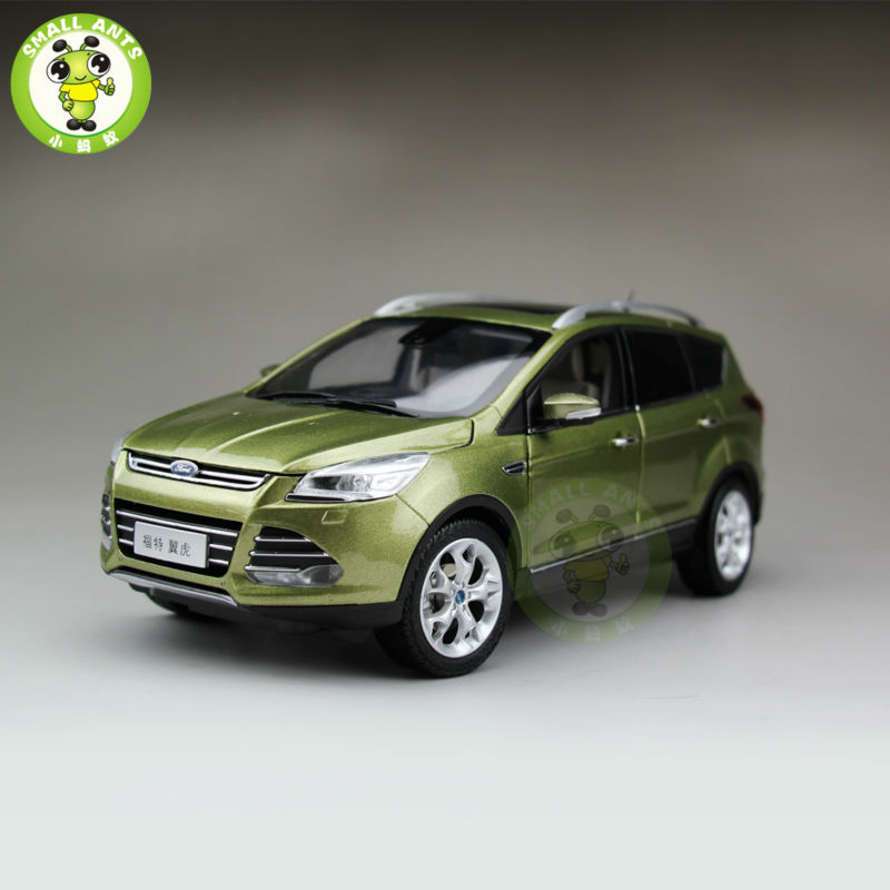 1/18 Ford Kuga Diecast SUV Car Model Toys for gifts collection hobby Green