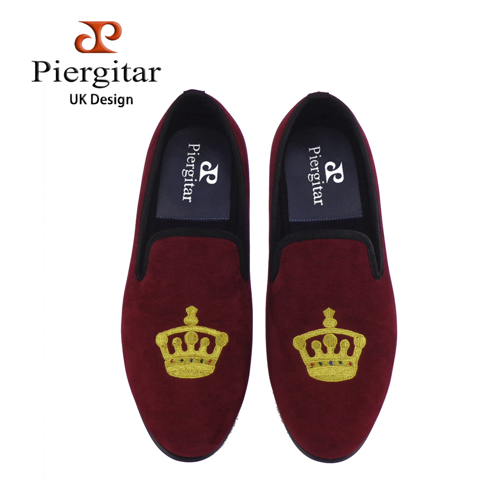 Piergitar new style wine red color men velvet shoes with crown embroidery design Casual and Party men