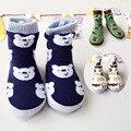 Pediátrica del cabrito Zapatos de Algodón Sutura Paño Del Bebé Animal de la Historieta de Costura Deportes Zapatos y Calcetines Originales Solo antideslizante punto