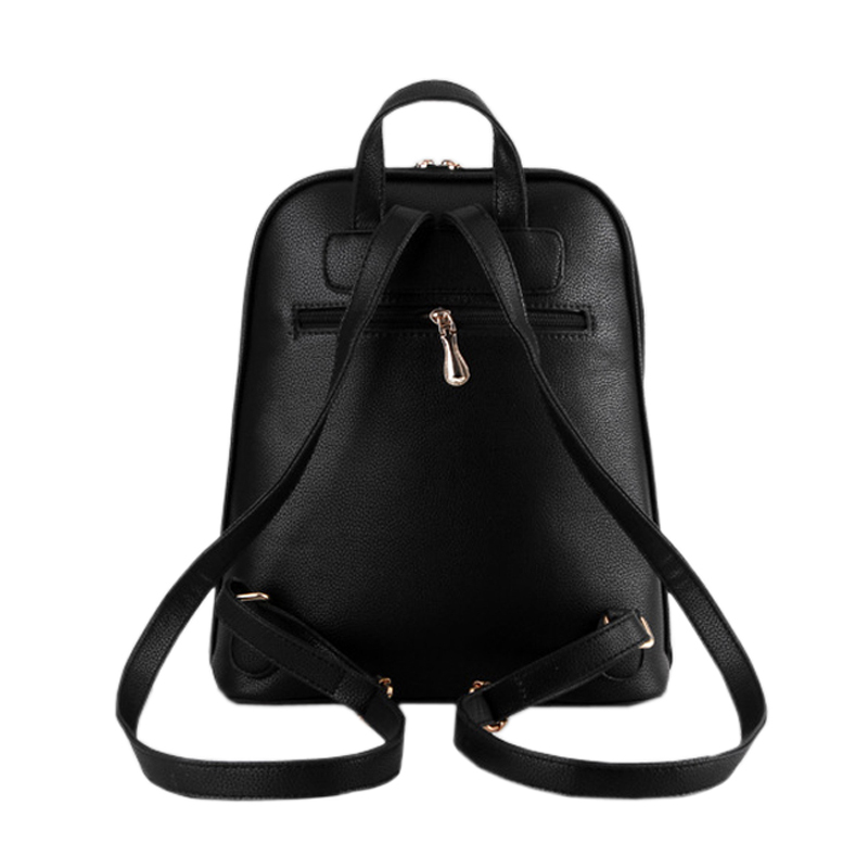 40 Product Tipo : Leather Backpack For Women