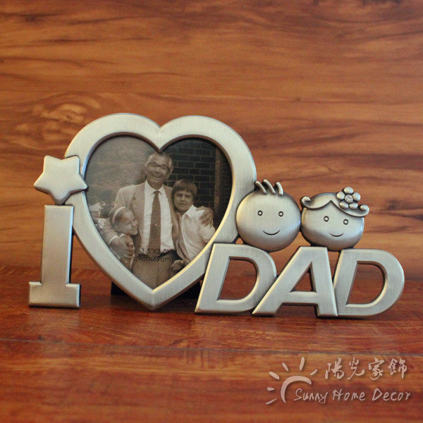 Vintage Home Decor 3 Metal Heart Shaped Dad Mom Photo Frame