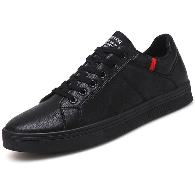 Homens Skate Sapatos de couro Preto Marca de Calçados Tênis Plana Sapatos  de Caminhada Masculinos Outono e643954a41a