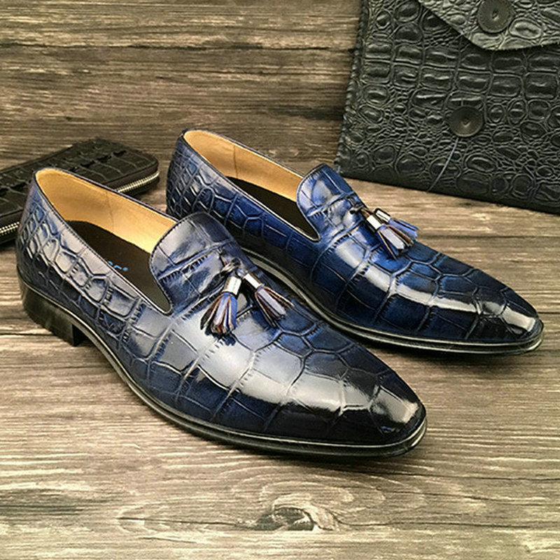 2017 Mens Dress Shoes Italian Genuine Leather European Size Shoes Loafers Luxury Handmade Tassel Shoes Pointed Toe Slip-On Shoes flat bottomed luxury mens loafers mark thread heel cover pedal leather strappy solid italian cowhide slip resistant soft leather