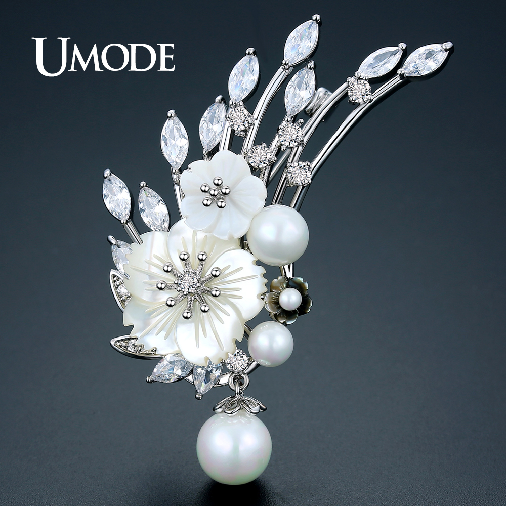 UMODE Silver Color Imitation Pearls Flower Brooches for Women Fashion Jewelry Vintage Large Broches Femme Christmas Gifts UX0025