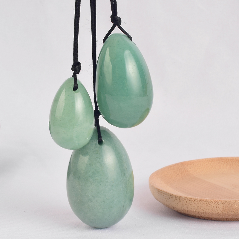 Drilled Yoni Eggs Green Aventurine Jade Massage Stones Viginal Muscle Contraction Health Care Kegel Exercise Healing Ben Wa Ball in Massage Relaxation from Beauty Health