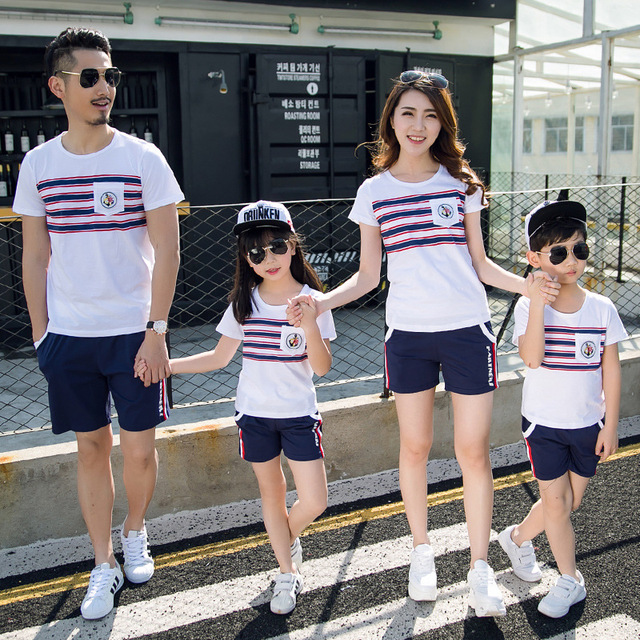 cf83faffa Wholesale summer new Korean striped beach Children t-shirt Dad Mom Kids  tshirt family matching outfits Couples clothing