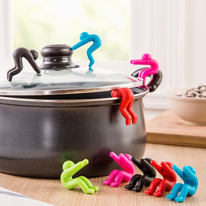 Silicone-Pot-Cover-Heightening-Prevent-Spill-Control-Creative-Cooking-Tools-Lid-Holder-Lilliputian-Little-people-KC1077 (4)
