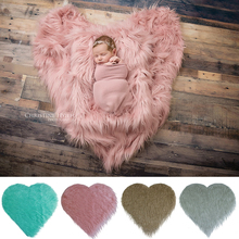 D&J Heart Love Shaped Faux Fur Blanket for Baby Photography Prop Basket Cushion Filler Photography Shoot Blankets Photo Props цена и фото