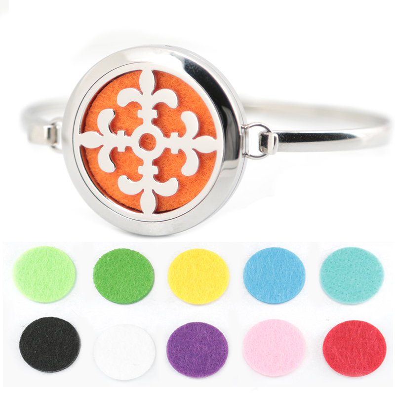 5pcs fleur de lis Aromatherapy / 316L s.steel Essential Oils Diffuser Locket bangle 7-8wrist and 20pcs felt pads