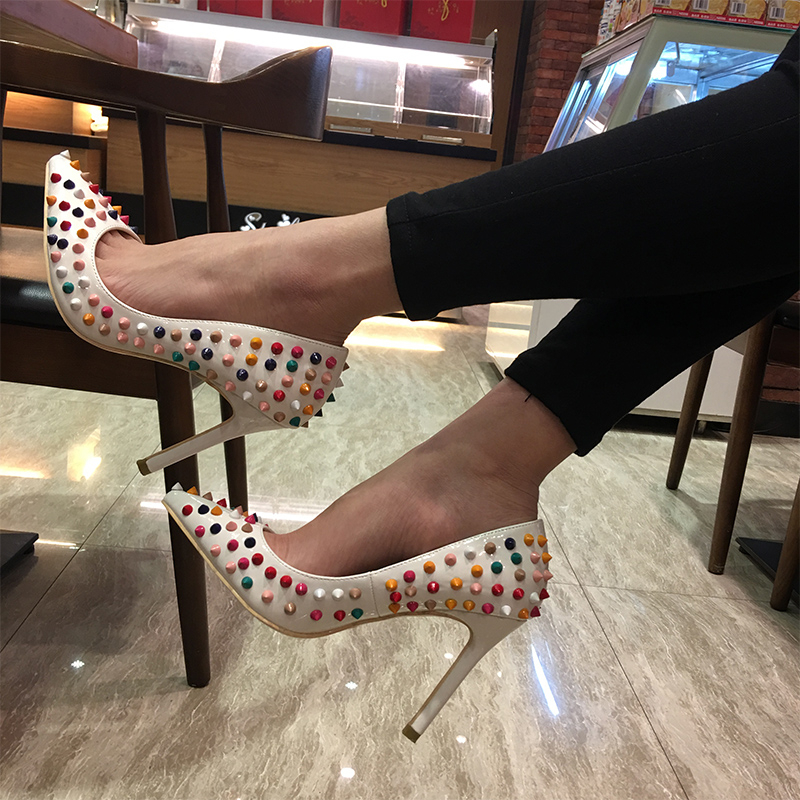 2018 Top Quality High Heels With Studs NEW ARRIVE Women Pumps Brand Heels Women Shoes Hig Heel Runway Party Wedding Shoes Woman luxury brand crystal patent leather sandals women high heels thick heel women shoes with heels wedding shoes ladies silver pumps