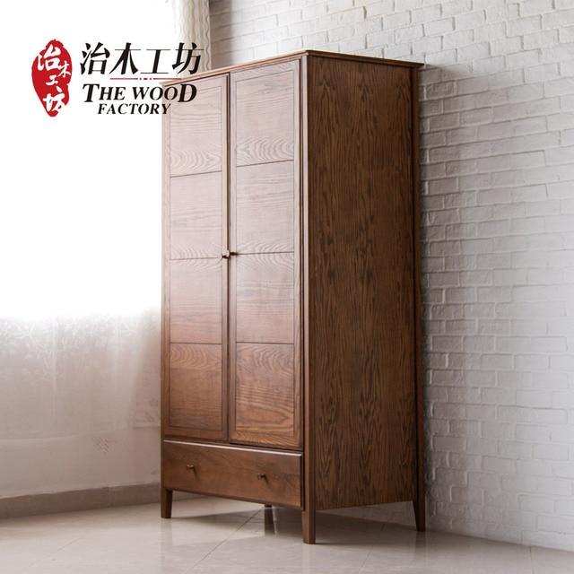 Pura madera maciza de doble puerta del armario ropero verde ...