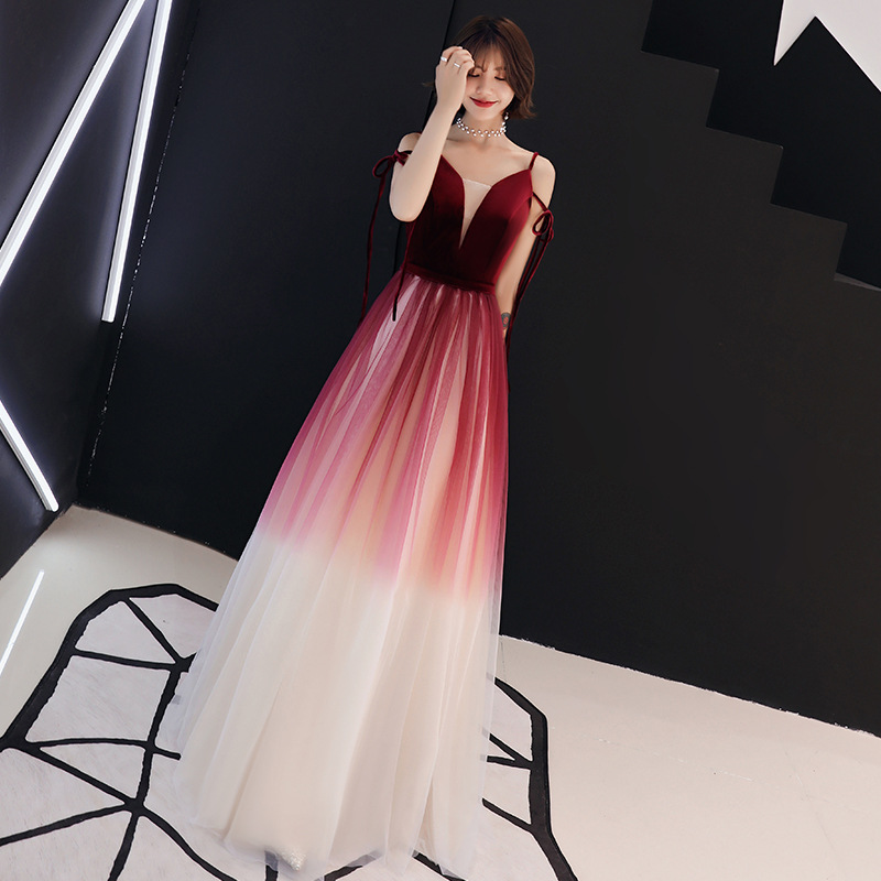 Reasonable A-line Long Evening Dress 2018 New Sexy Backless Appliques Beading Party Dress Illusion V-neck Robe De Soiree Haute Couture Evening Dresses