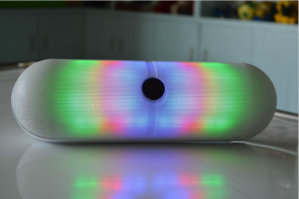Maravilloso vendedor caliente grande altavoz inalámbrico bluetooth - Audio y video portátil - foto 1