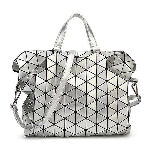 9535124e18d3 2018 New Fashion Woman Bag Shoulder Diamond handbag Laser Geometry Package Luminous  Sequins Mirror Plain Folding Tote