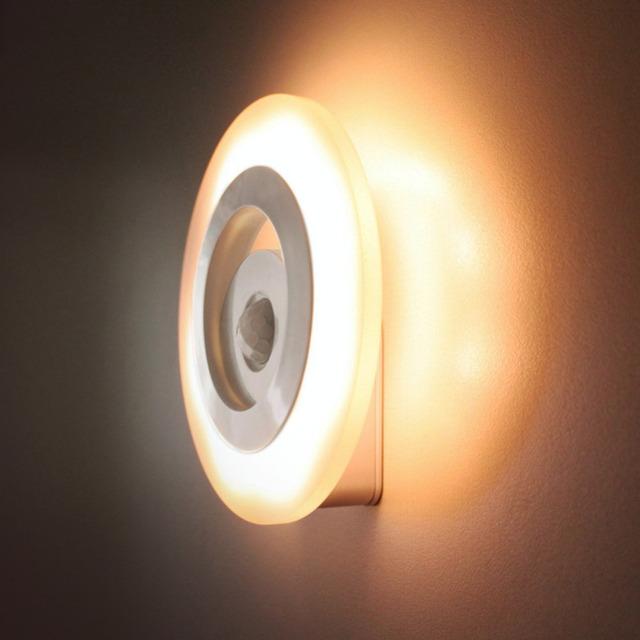 360 graus auto corpo de luz noite sensores led motion detector de luz quente branco armário de cabeceira quarto lâmpada de emergência