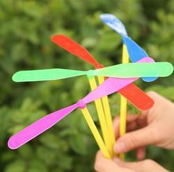 1 pçs/crianças pequenas ao ar livre de bambu libélula categoria brinquedo atacado presente fada disco voador vendas voando seta