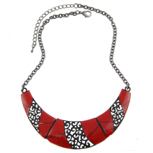 High Quality Women Romantic Enameling Red Moon Hollow Water Drop Pendant Statement Choker Necklace