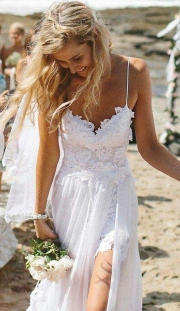 Stunning Vintage Boho White Bohemian Wedding Dresses With Detachable Train Dreamy Spaghtti Strap Short Lace