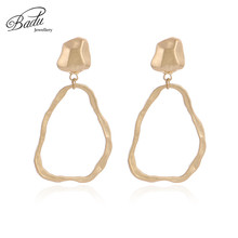 Badu Gold Stud Earring Geometric Punk Metal Earrings Hollowing Irregular Shape Pendant Vintage Jewelry Wholesale