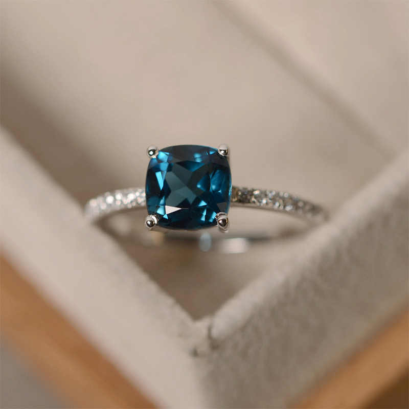 งานแต่งงานที่สวยงาม Zircon สี Size6, 7,8, 9,10 บิ๊กสแควร์หินแหวนเงินคริสตัลสีเขียวของขวัญวาเลนไทน์สีฟ้า 1 PC