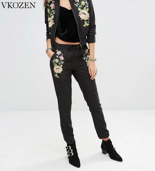 New 2017 Spring Women Floral Embroidery Pencil Pants Casual Ladies Elastic Waist Black Trousers European Fashion Pantalon Femme