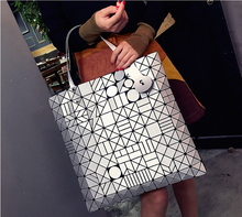 Japanese Bao Women Large Capacity Bag Laser Sac Tote Bags Geometry Quilted Shoulder Bag Fold Over Handbags holographic Handbag