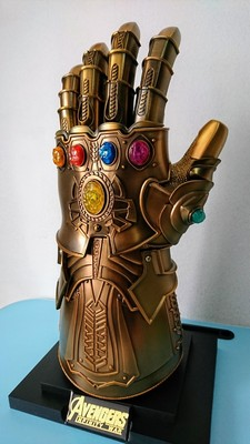 1 1 Metal Led Thanos Infinity Gauntlet Avengers Infinity War Cosplay Gloves Figure Model Toys Gift