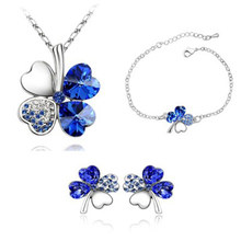 High fashion crystal clover three-piece suit Sautoir bracelet earrings Women fashion accessories wholesale 090 + 141 + 183(China)