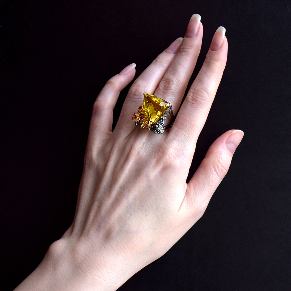 Big triangle champagne stone ring (2)