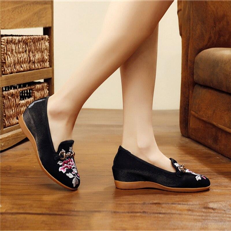 2018 Bordado Punta Estilo Zapatos Dentro Aumentar Cuña Tacones rojo Superficial Impresión Tacón Rayado De Negro Bajo Altos Redonda Étnico HPxHwtOqI