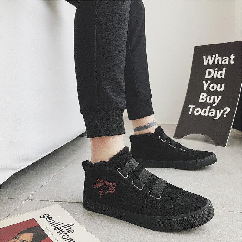 Chaussures d'hiver hommes 2018 mode bottines hommes fourrure en peluche coton toile chaussures mâle tout noir sans lacet baskets décontracté étudiants chaussure