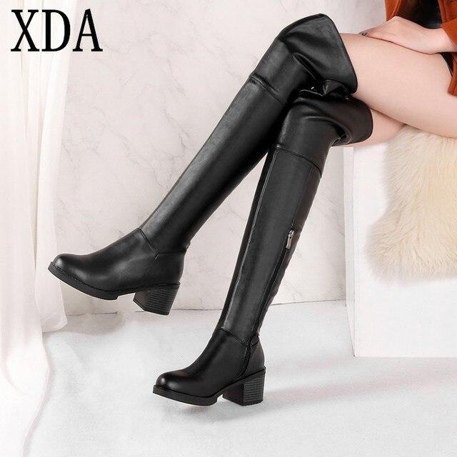 20ea38def93 XDA las mujeres 2018 invierno nuevo estilo europeo PU cuero mediados  cremallera talón plataforma botas largas
