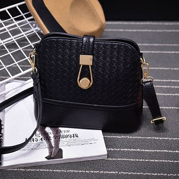Women Sling Bags Weave shell Women Shoulder Bags Fashion Leather Sling Crossbady Bag messenger bag 1