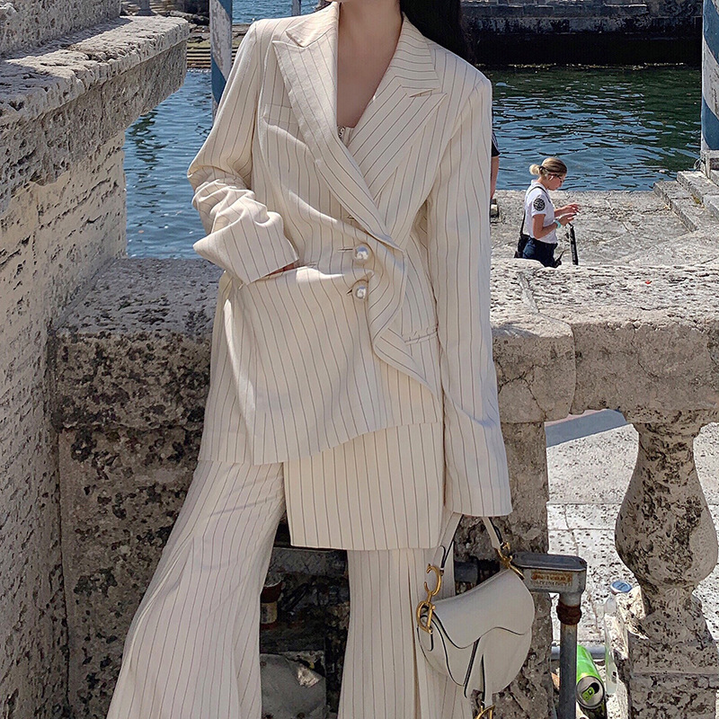 Red The Same 2019 Spring Dress New Retro Vertical Striped Pearl Buckle Small Suit Jacket Women Jackets and Coats Button