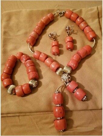 Conjunto de Jóias de Noiva para Mulheres Contas de Coral Moda Natural Coral Colar Pingente Grupo Original Novo Casamento Africano Abh797 2020