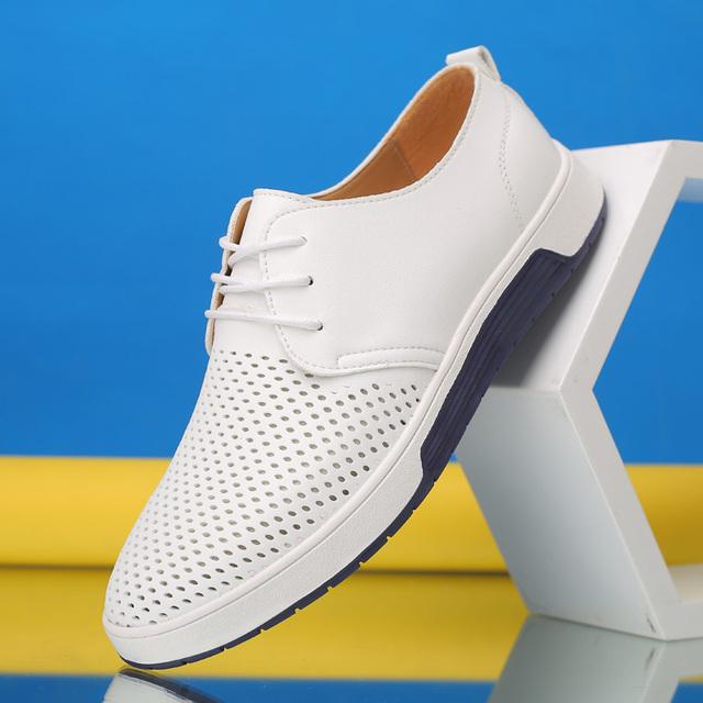 zapatos casuales de cuero de moda agujeros Merkmak marca verano hombres zapatos casuales de cuero de moda agujeros transpirables blanco zapatos planos de ocio tamaño grande 37-48 Driver calzado