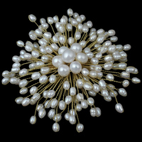 YYW Natural Real White Freshwater Pearl Beaded DIY Handmade Jewelry Brooch European Flower Party Office Wedding Bridal Brooches