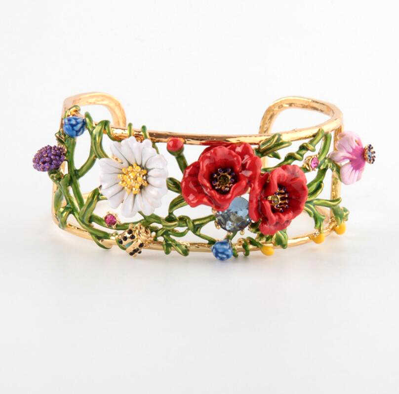 CSxjd Luxury elegant romantic daisy Flowers  bracelet high-end fashion gift of woman