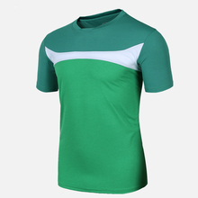USKINCARE T-Shirt Men Sports Clothing Loose Style Running Top Male Breathable Fitness Gym T Shirt Good For Football Team Sport