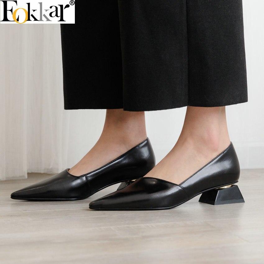 Eokkar 2019 السيدات وأشار اصبع القدم الذهب مضخات الانزلاق على الصنادل الضحلة أحذية مكتب سيدة اللباس الأسود أحذية منخفضة الكعب حجم 34 43-في أحذية نسائية من أحذية على  مجموعة 1