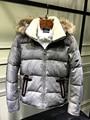 Ropa de los nuevos hombres de invierno de ganso abajo con cuello de piel de mapache Canadian youth capucha parkas calientes de China negro gris plata xxl