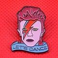 David Bowie emaille pin vintage 80s Lassen Sie der tanz unter druck brosche ziggy stardust blitz abzeichen musik kunst schmuck künstler gif-in Nadeln & Abzeichen aus Heim und Garten bei