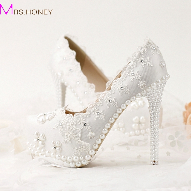 7f5827bd0c 2017 Korean Rhinestones Bridal Shoes White Lace Wedding Shoes Spring Lady  High Heels Beautiful Bridesmaid Shoes Party Prom Pumps-in Women's Pumps  from ...