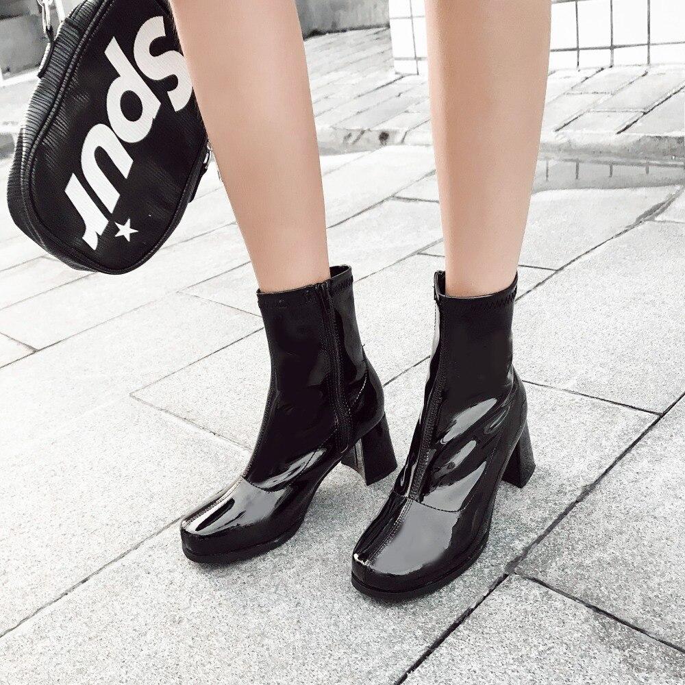 7b611c689 MIULAMIULA Designers Da Marca 2018 Preto Roxo Azul de Salto Alto Quadrados  6 cm Sapatos Ankle Boots Para A Mulher de Couro Com Zíper Patente feminino  em ...