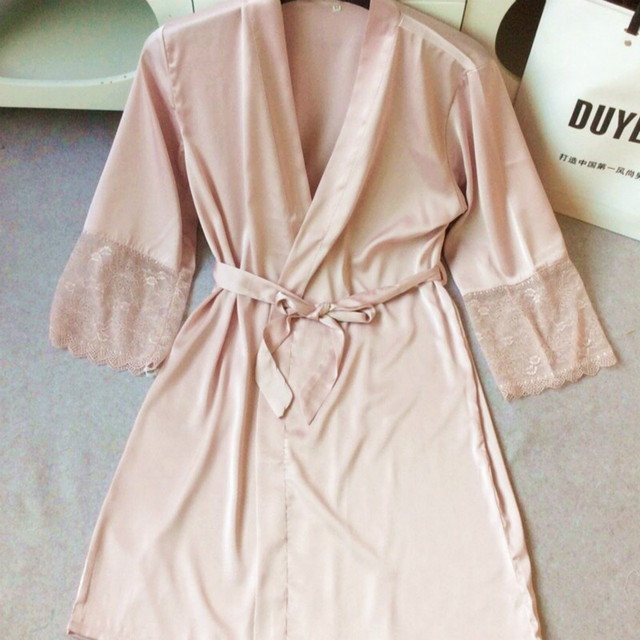 2017 New Robes Women Sexy Nightwear Plus Size Lace-trimmed Satin Female Bathrobes Lounge Robe Casual Loose Home Clothing 20061