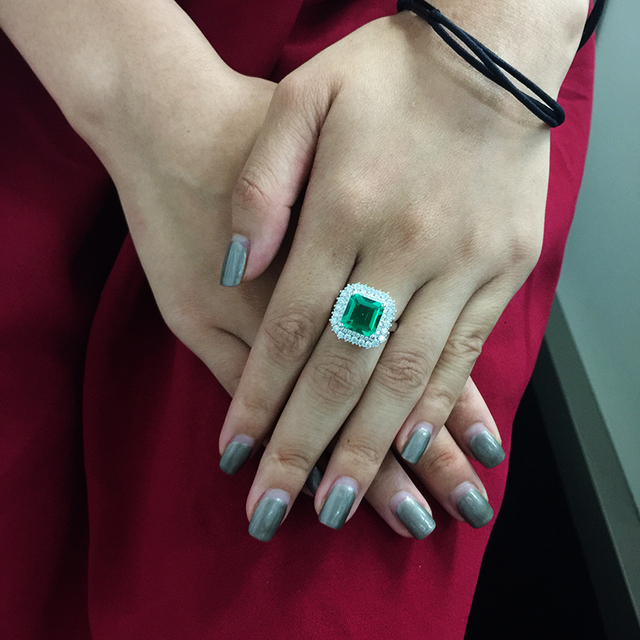 5ctw Fine Jewelry Real 14K White Gold 4ct 9mm Lab Grown Colombian Emerald with 1ct cMoissanite Gemstone Wedding Rings for women