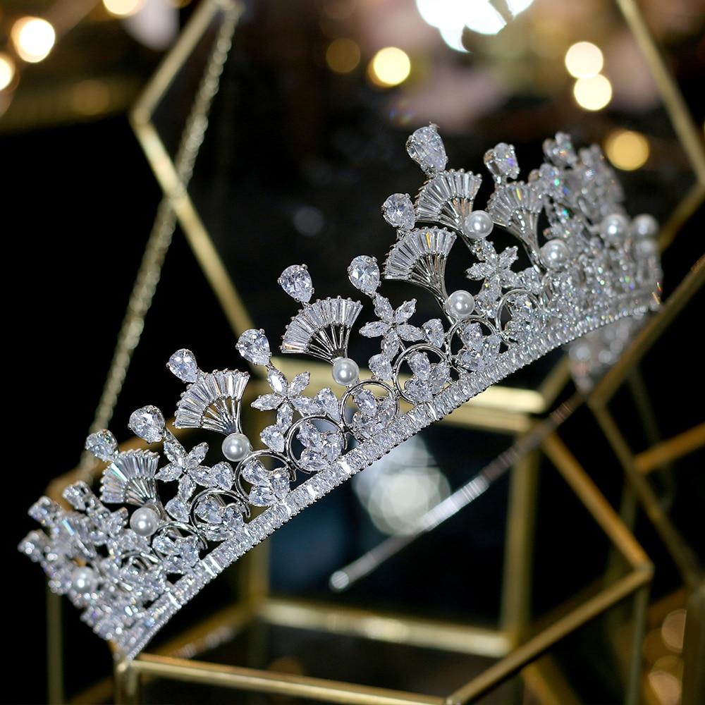 Unico abanico forma zirconia corona nupcial premios corona cena vestido accesorios damas regalo de vacaciones-in Joyería para el cabello from Joyería y accesorios    2