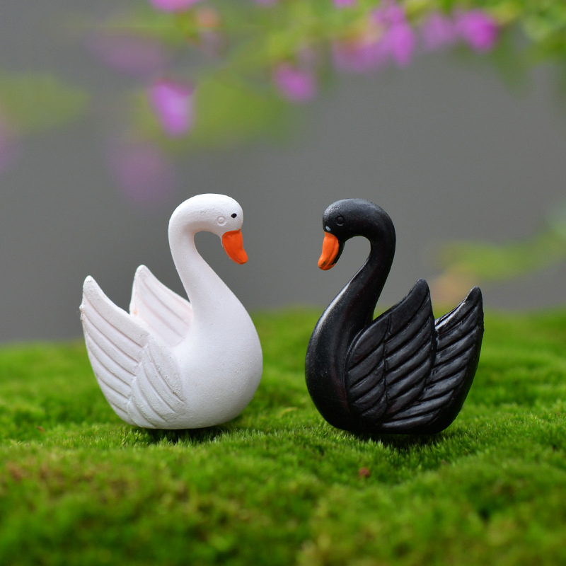 2 Pcs Mini Black/White Feather  Bird Miniature Resin Garden Fairy Ornament Flower Plant Pot Home Figurine Animal Decor